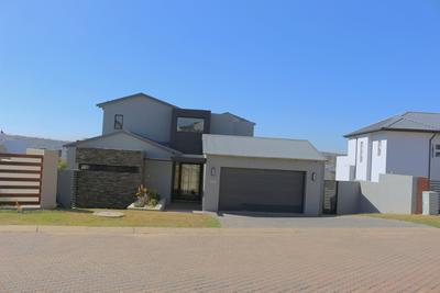 Property For Rent in Helderfontein Estate, Midrand