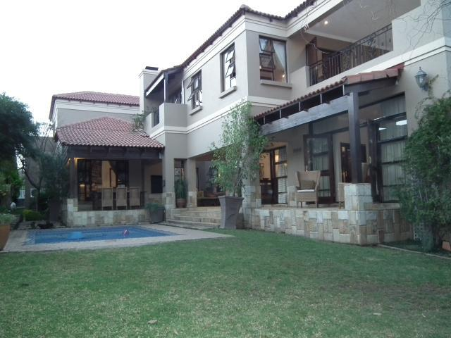 Property For Sale in Fourways, Johannesburg 4