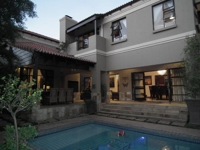 Property For Sale in Fourways, Johannesburg 2