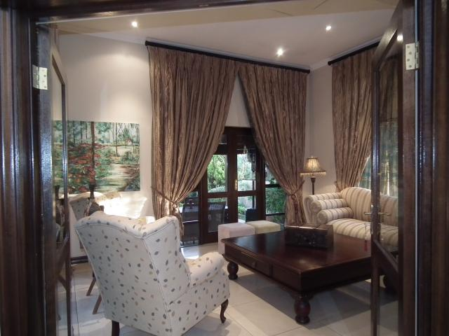 Property For Sale in Fourways, Johannesburg 7