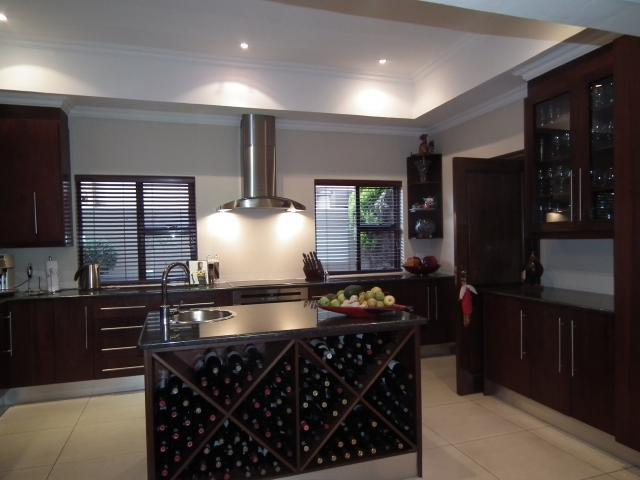 Property For Sale in Fourways, Johannesburg 10