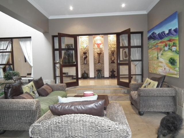 Property For Sale in Fourways, Johannesburg 13