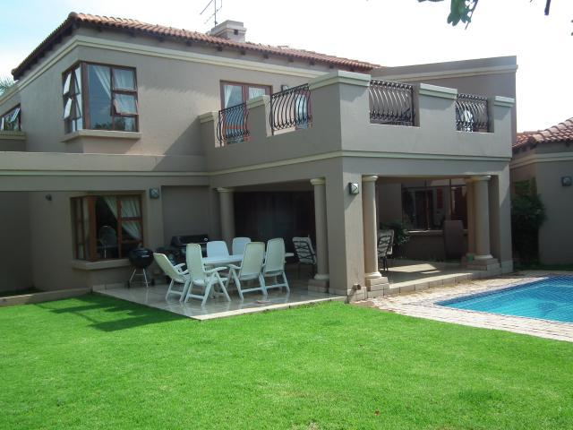 Property For Sale in Fernbrook, Fourways 2