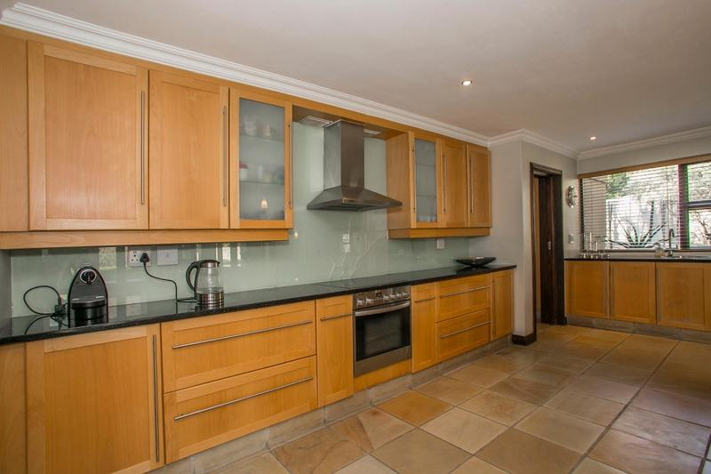 Property For Rent in Fernbrook, Fourways 4