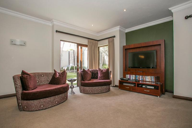 Property For Rent in Fernbrook, Fourways 10