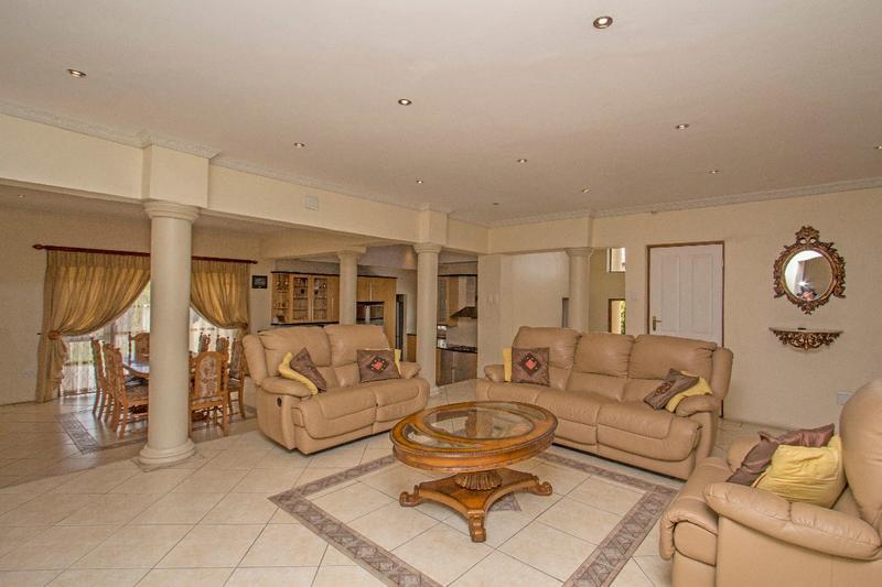 Property For Sale in Fernbrook, Fourways 3