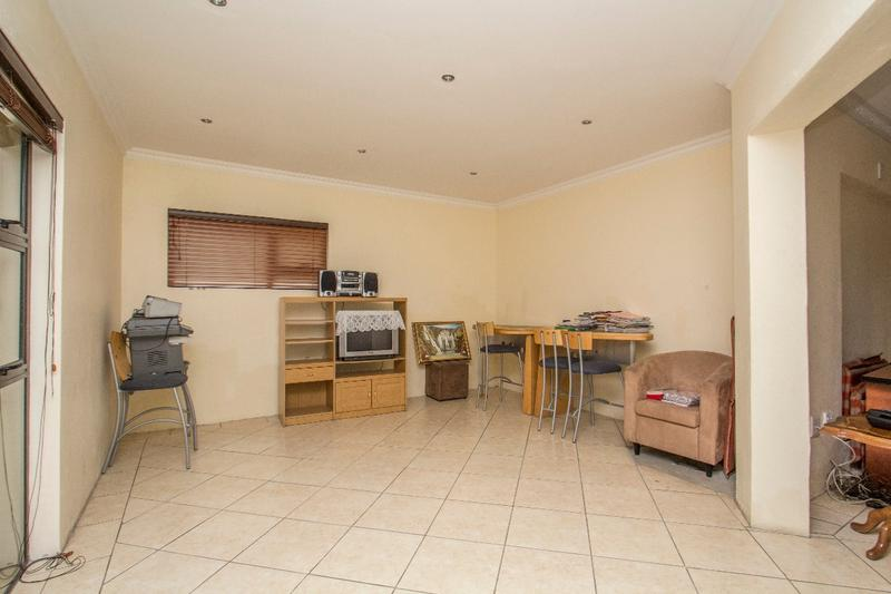Property For Sale in Fernbrook, Fourways 10