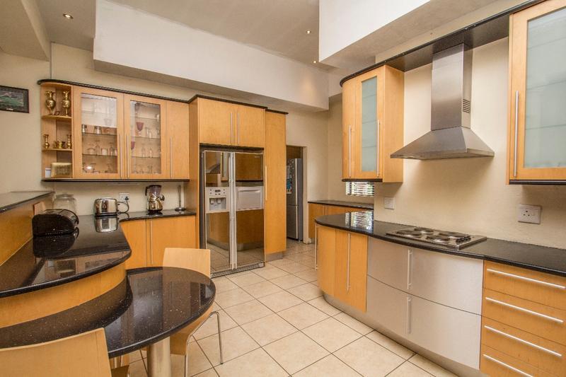Property For Sale in Fernbrook, Fourways 4