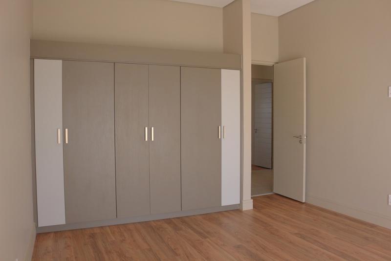 Property For Rent in Helderfontein Estate, Midrand 10