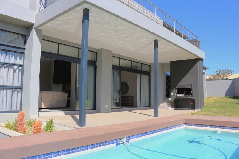 Property For Rent in Helderfontein Estate, Midrand 16